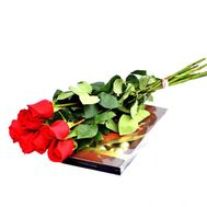 """7 imported roses and sweets"" in the online flower shop flora.od.ua"