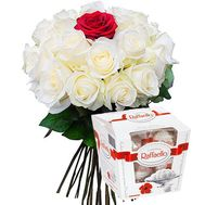 Bouquet of 25 roses with sweets - flowers and bouquets on flora.od.ua