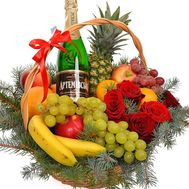 Gift basket for Christmas - flowers and bouquets on flora.od.ua