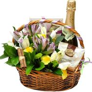 Basket with flowers and champagne - flowers and bouquets on flora.od.ua
