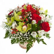 Корзинка с розами и орхидеями - цветы и букеты на flora.od.ua