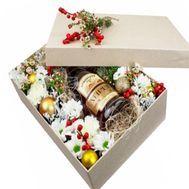 Gift for a man for the New Year - flowers and bouquets on flora.od.ua