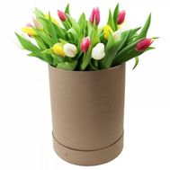 """15 tulips in a box"" in the online flower shop flora.od.ua"