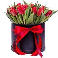 29 red tulips in a box - flowers and bouquets on flora.od.ua