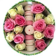 Flowers and macaroons in a box - flowers and bouquets on flora.od.ua