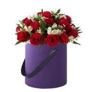 Цветы в шляпной коробке - цветы и букеты на flora.od.ua
