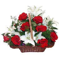 Корзина из роз и лилий - цветы и букеты на flora.od.ua
