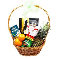 Gift basket with pineapple - flowers and bouquets on flora.od.ua