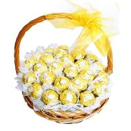 Basket with sweets Ferrero Rocher - flowers and bouquets on flora.od.ua