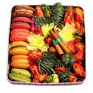 Cakes for the New Year - flowers and bouquets on flora.od.ua