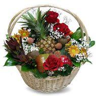 Подарочная корзина с фруктами - цветы и букеты на flora.od.ua