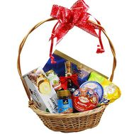 Gift basket with cognac - flowers and bouquets on flora.od.ua