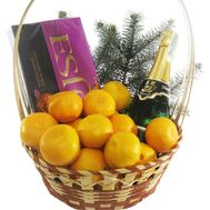 Gift New Years basket - flowers and bouquets on flora.od.ua