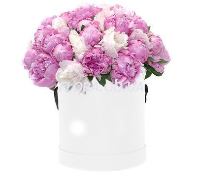 """""""45 пионов в шляпной коробке"""" в интернет-магазине цветов flora.od.ua"""