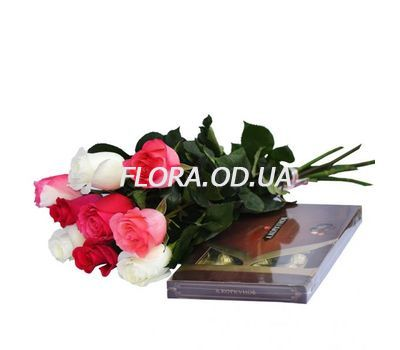 """9 imported roses and sweets"" in the online flower shop flora.od.ua"
