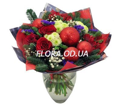 """A bouquet of flowers is Christmas"" in the online flower shop flora.od.ua"