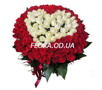 """Heart bouquet from 101 roses"" in the online flower shop flora.od.ua"