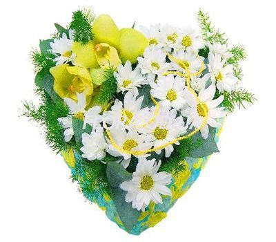 """Composition in the form of heart"" in the online flower shop flora.od.ua"