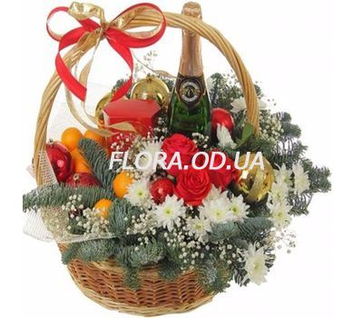 """""""New Years basket"""" in the online flower shop flora.od.ua"""