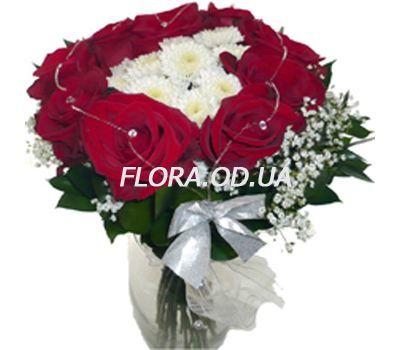 """Beautiful bouquet of flowers favorite"" in the online flower shop flora.od.ua"