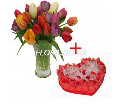 """""""Tulips with a bouquet of chocolates"""" in the online flower shop flora.od.ua"""